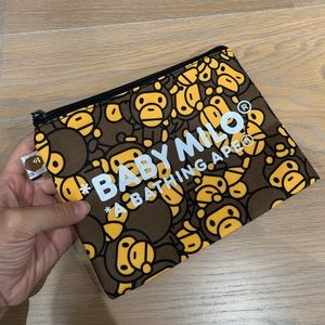 A Bathing Ape Baby milo pouch bag